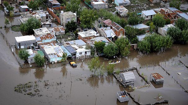 Argentina, piogge torrenziali record: è emergenza