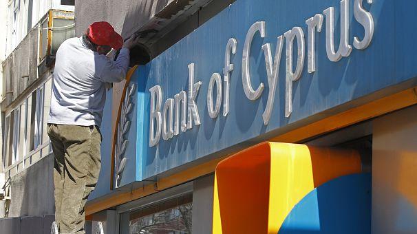 Cipro: scioperano gli impiegati di banca