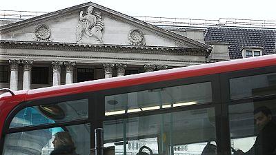 El Reino Unido elude la recesión al subir un 0,3% en el primer trimestre