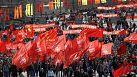 Russia: lavoro e primavera, è festa per le strade di Mosca