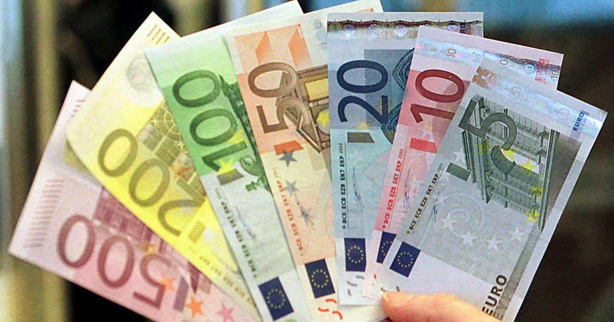 1200x630_223250_une-pluie-de-billets-de-banque-e.jpg?1367582833
