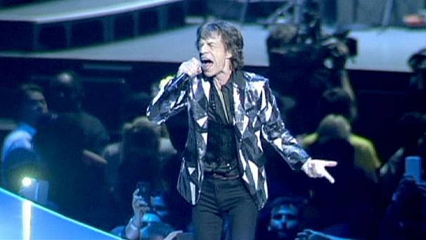 Rolling Stones fans pick up a bargain
