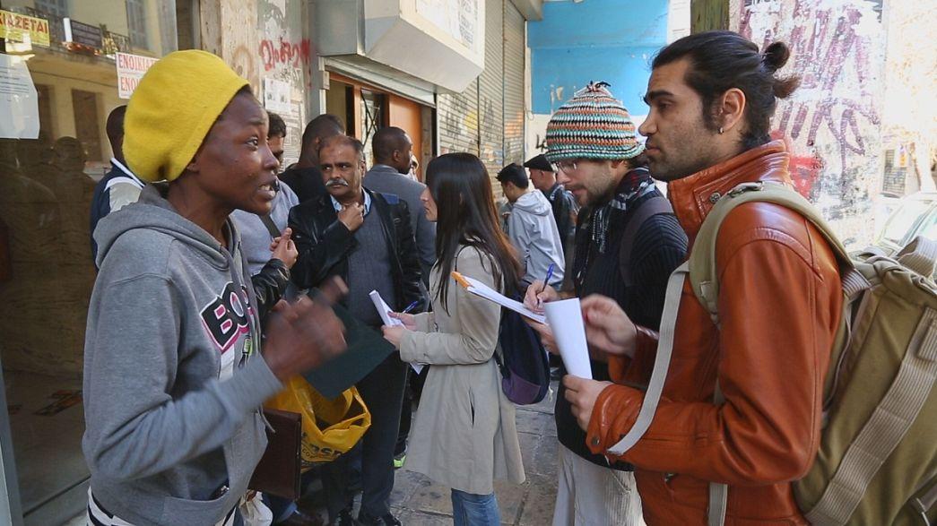 Volontari contro il razzismo in Grecia