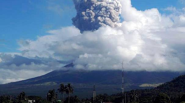 Four German hikers and guide dead after Philippines volcanic eruption