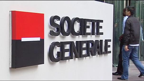 Societe Generale cuts jobs as income falls