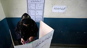 Voting hours extended in Pakistan's historic vote