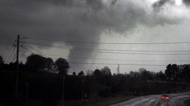 Tornadoes tear through Texas killing 6