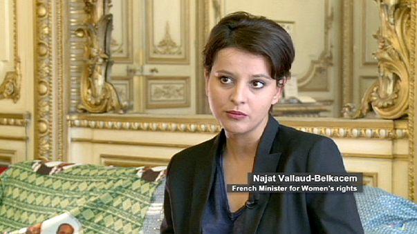 """نجاة فالو بلقاسم ليورونيوز: """" قانون الزواج للجميع يعزز حقوق المواطنة في فرنسا"""""""