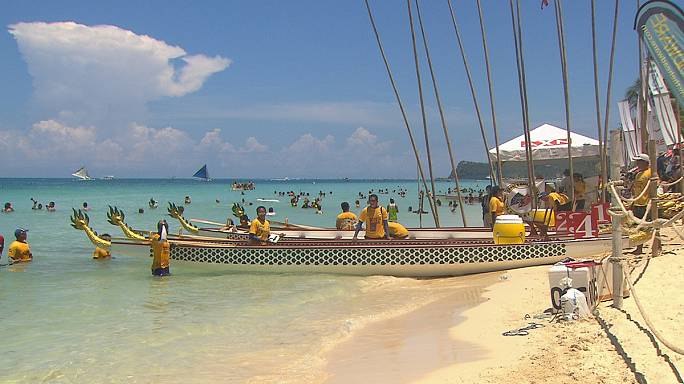 L'île de Boracay, un paradis pour les accros de la planche à voile et du kitesurf...