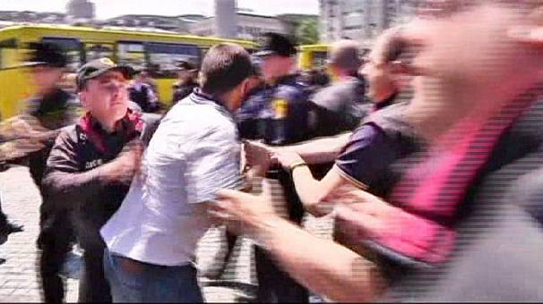 Georgia: clashes on International Day Against Homophobia