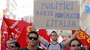 Rome protesters call on Letta government to boost jobs in Italy