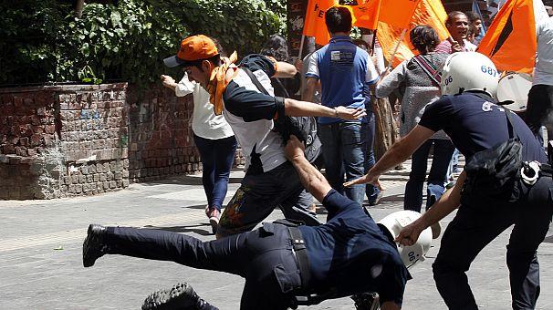 Türkei: Massenwut auf die Regierung wegen Reyhanli-Anschlägen