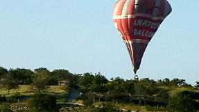 Hot-air balloon collision leaves two dead in Turkey