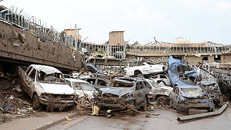At least 91 dead after tornado tears through Oklahoma