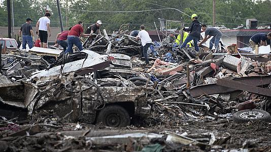 Oklahoma tornado: 24 bodies recovered, say officials