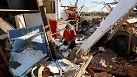 Tornado negli Usa: il bilancio delle vittime rivisto al ribasso