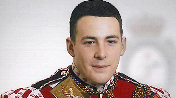 El soldado asesinado en Londres tenía 25 años y un hijo