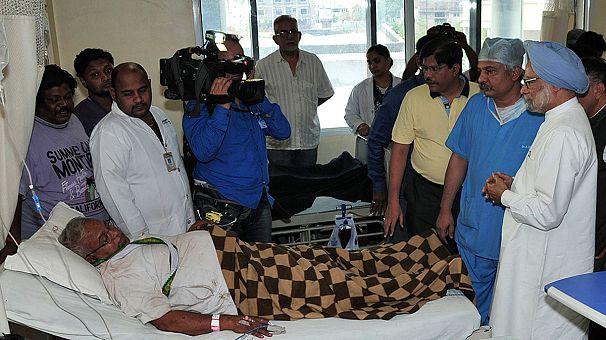 Indische Maoisten greifen Auto-Konvoi an