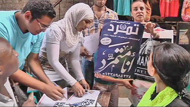 Mısırlı muhaliflerden Mursi'ye karşı imza kampanyası