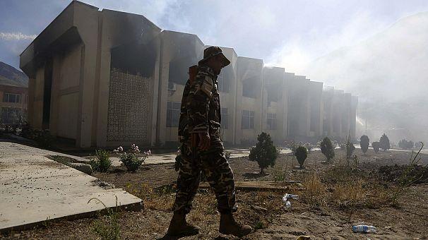 Ataque con bomba a la Cruz Roja en Afganistán