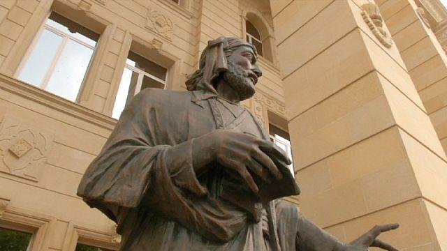 Azerbaycan tarihi Gence'de yatıyor