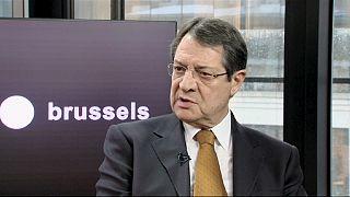 A ciprusi elnök nem kér a zsarolásból