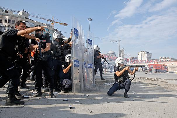 Taksim Turkey  City new picture : more about clashes and riots istanbul turkey turkey