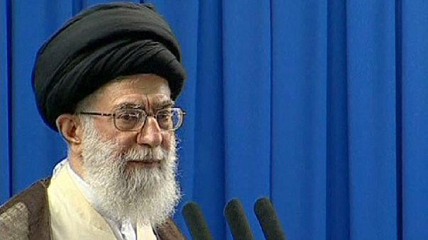 Али Хаменеи - диктатор по Конституции