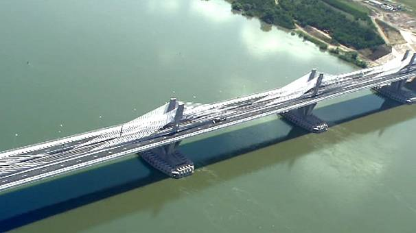 New bridge opens on the River Danube