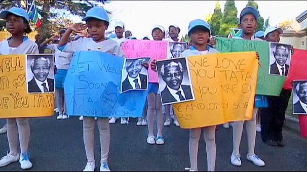 Nelson Mandela migliora, secondo un nipote