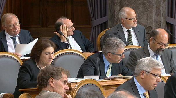 """Fiscalité: les députés suisses enterrent la """"Lex USA"""""""