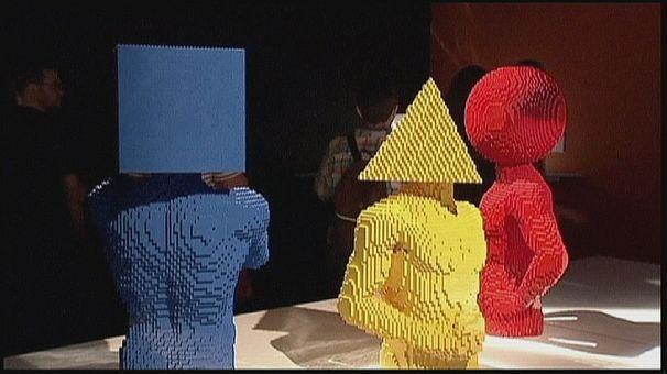 A New York la più grande mostra di sculture fatte con mattonicini Lego mai vista
