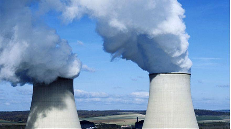 Rétromachine : la première centrale nucléaire est mise en service