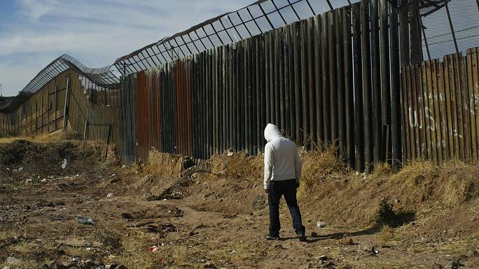 Mexico: wannabe illegal immigrants for some hours
