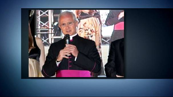 Three arrested in Vatican bank scandal