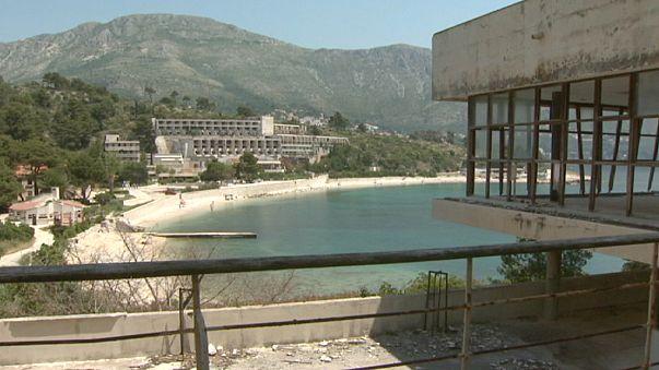 Hırvatistan turizmi savaştan kalan enkazı temizlemek istiyor