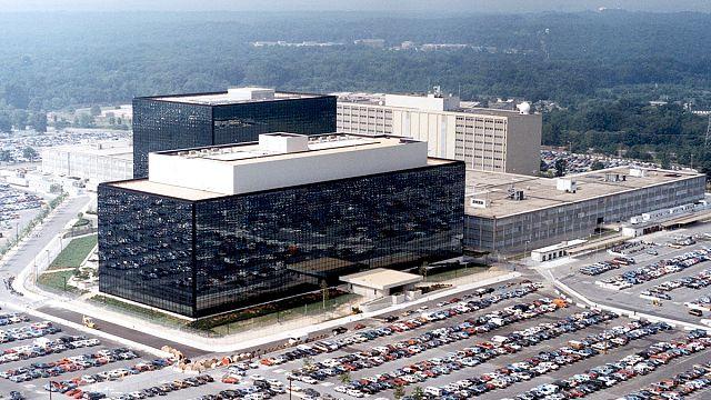 Greenwald: napi egymilliárd hívást figyelhetnek meg