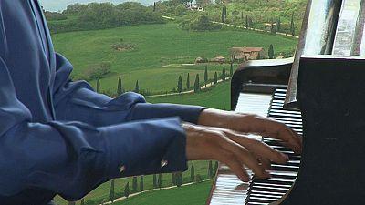 Música e beleza nos jardins da Toscania