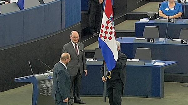 MEPs welcome Croatia to the EU club