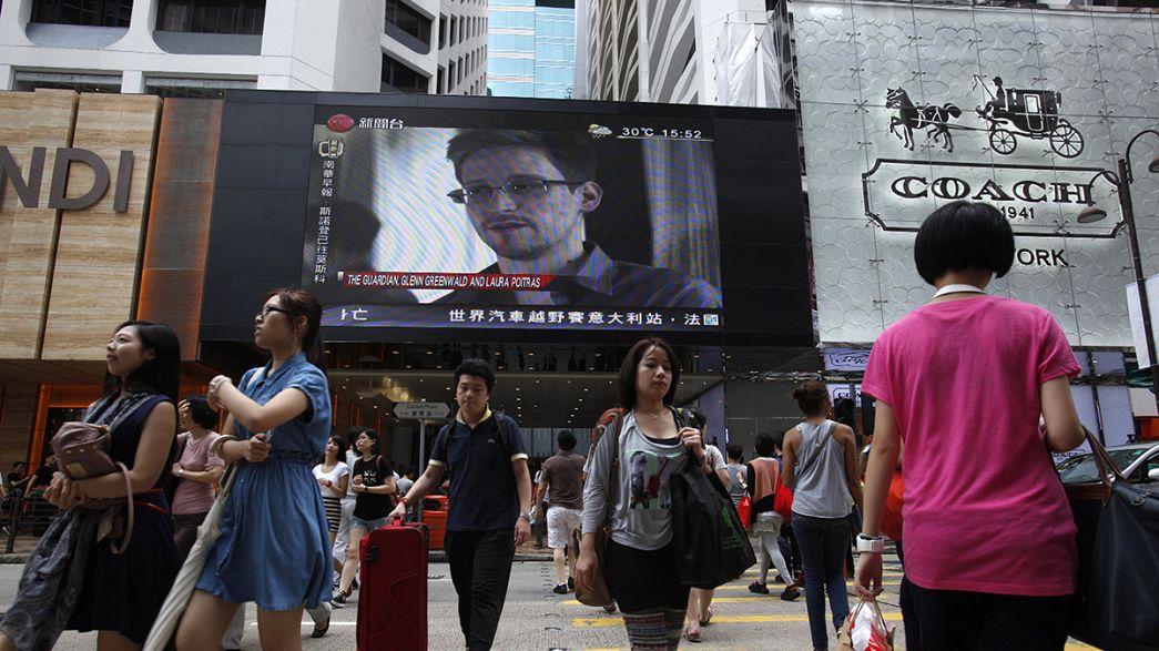 Сноуден отозвал запрос об убежище в России