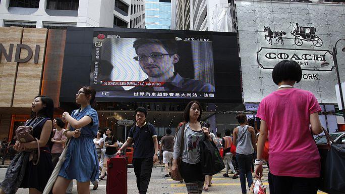Edward Snowden a lancé quinze demandes d'asile, mais pas à la Russie