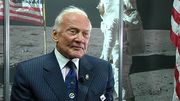 Buzz Aldrin defende colonização de Marte
