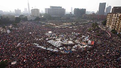 Egipto espera en vilo el comunicado del Ejército. Mursi reitera su oferta de crear un gobierno de unidad nacional