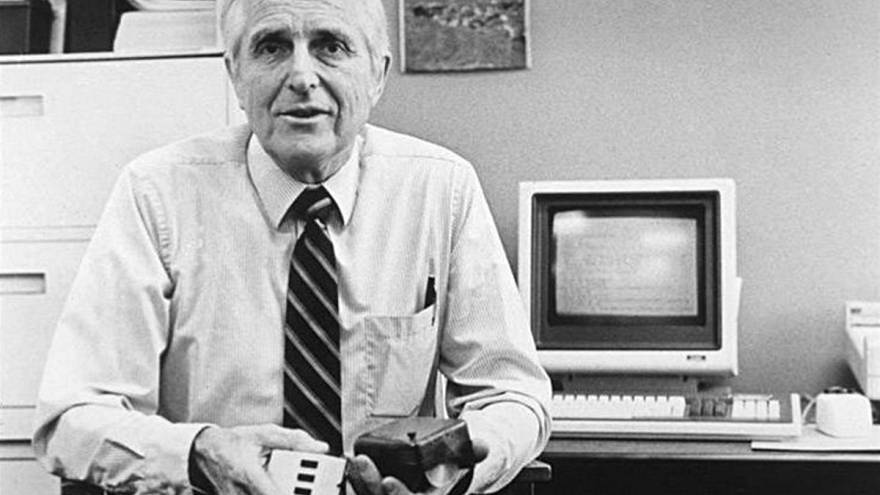 The inventor of computer mouse, dies at 88