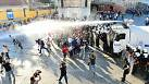 Renewed clashes in Istanbul