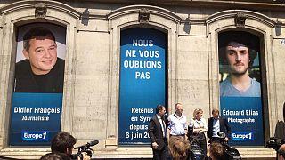 ثلاثون وسيلة اعلام تسأل هولاند عن مصير الصحافيين الفرنسيين المخطوفين في سوريا
