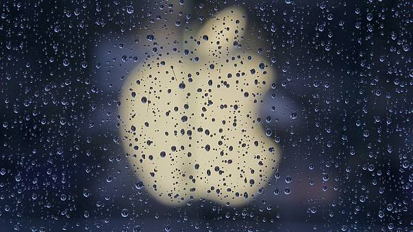 Judge says Apple conspired to raise prices on e-books