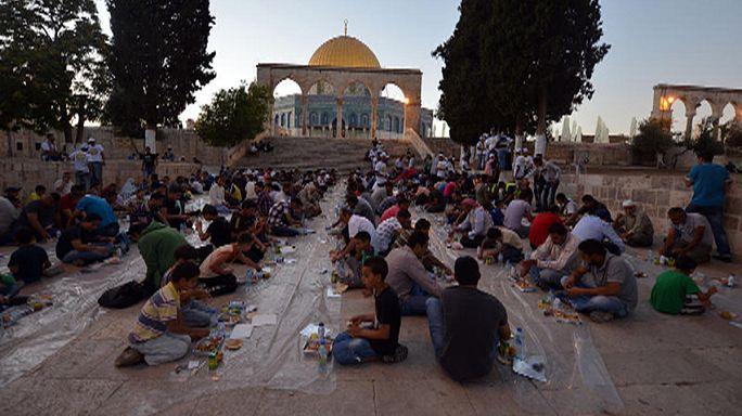 Pontok imádkozásért: mobilalkalmazások muzulmánoknak