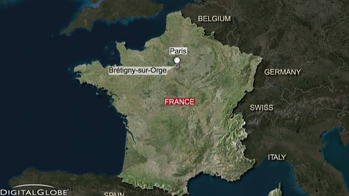 Seven dead in French train derailment - interior minister