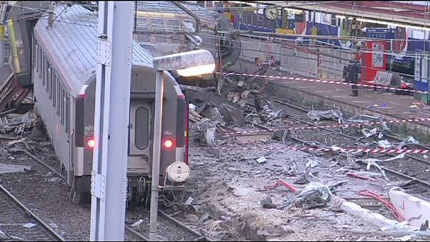 Faulty points system blamed for Brétigny-sur-Orge train crash in France